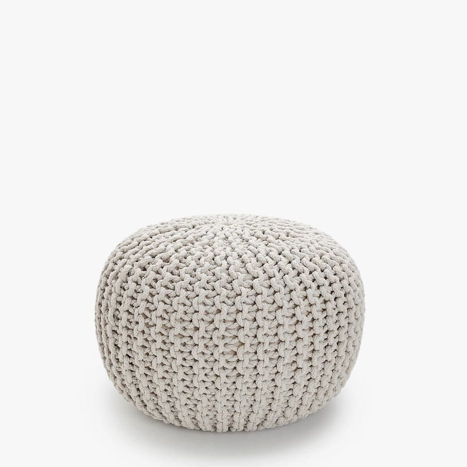 ROUND BRAIDED POUFFE