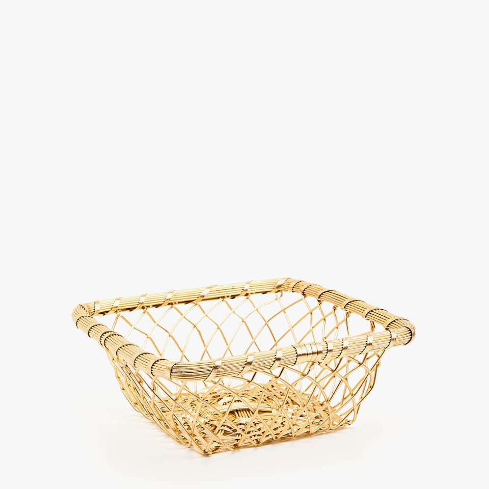 GOLD SQUARE BASKET