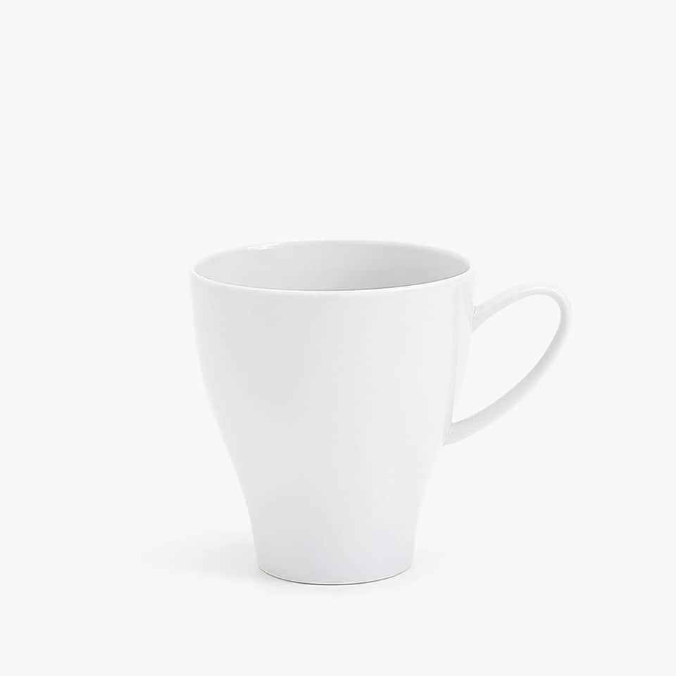 PLAIN PORCELAIN MUG