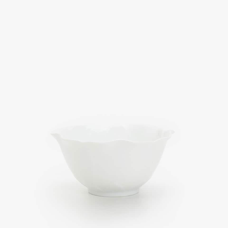 SCALLOPED PORCELAIN BOWL