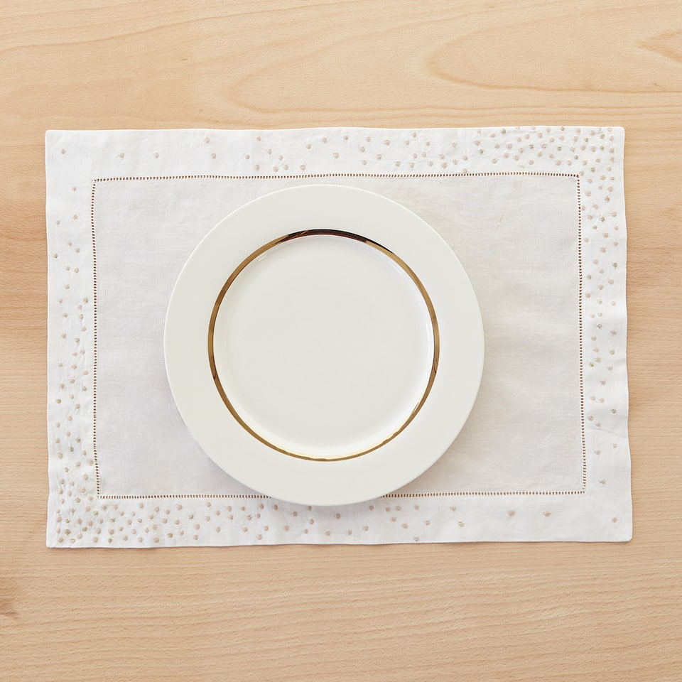 COTTON AND RAMIE PLACEMAT WITH EMBROIDERED BORDER