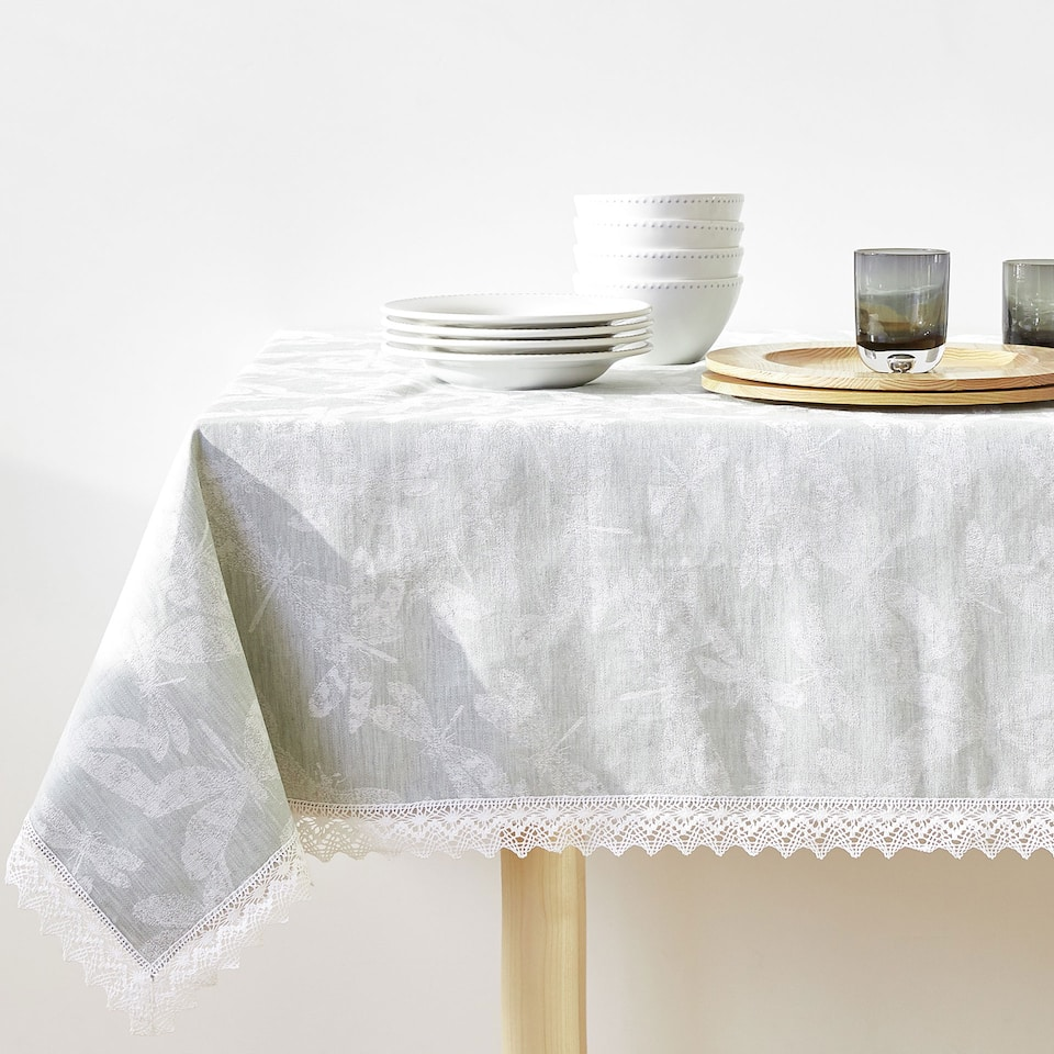 LACE-TRIMMED LINEN AND COTTON JACQUARD TABLECLOTH
