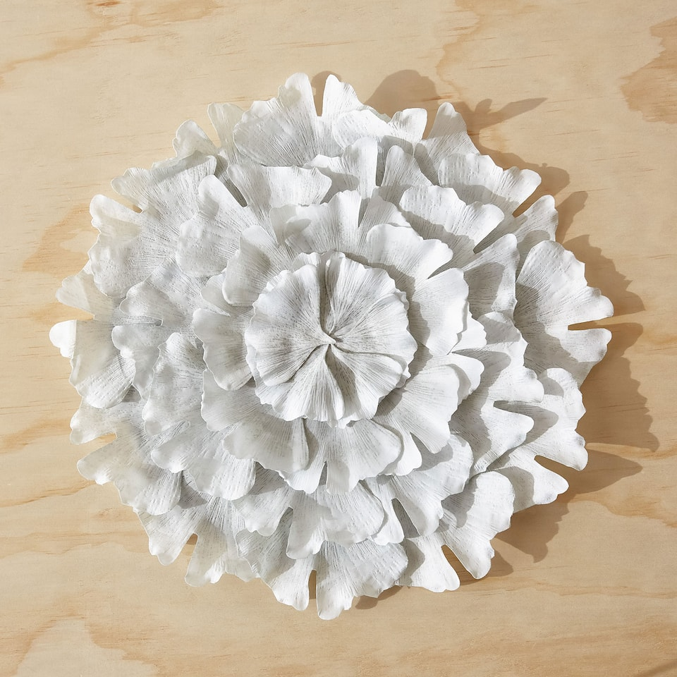 FLOWER-SHAPED PLACEMAT