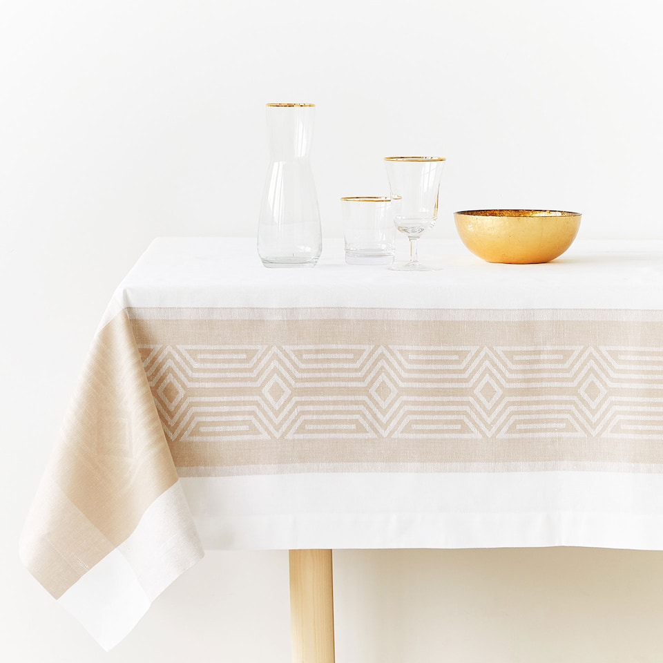 LINEN AND COTTON JACQUARD TABLECLOTH WITH CONTRASTING BORDER