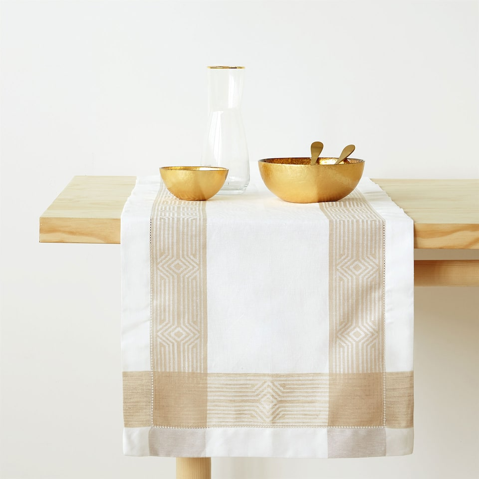 LINEN AND COTTON JACQUARD TABLE RUNNER WITH CONTRASTING BORDER