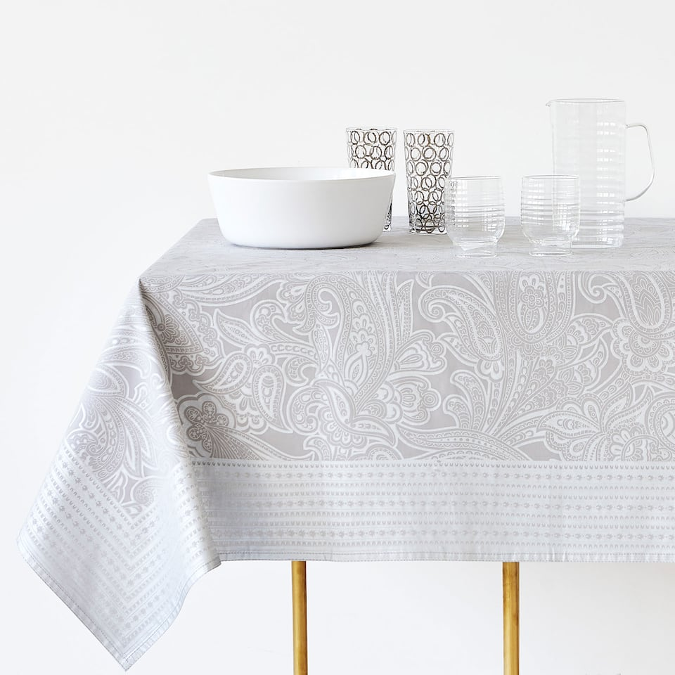 METALLIC DAMASK PRINT COTTON TABLECLOTH