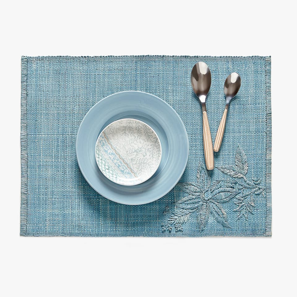 SET DE TABLE RAPHIA BRODERIE PLACÉE