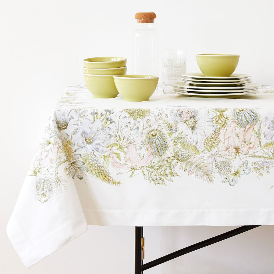 POSITIONED DIGITAL PRINT COTTON TABLECLOTH