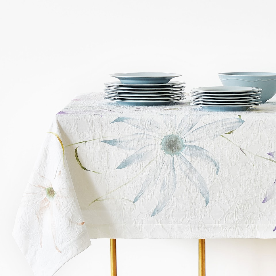 DIGITAL DAISY PRINT COTTON TABLECLOTH