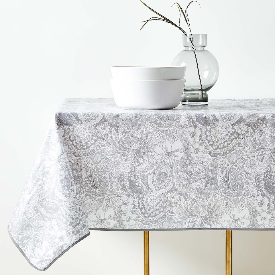 LAMINATED DAMASK PRINT COTTON TABLECLOTH