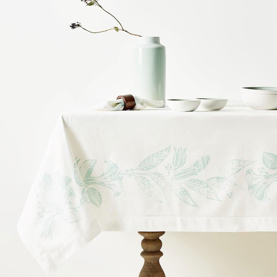 MONOCHROME PRINT COTTON TABLECLOTH