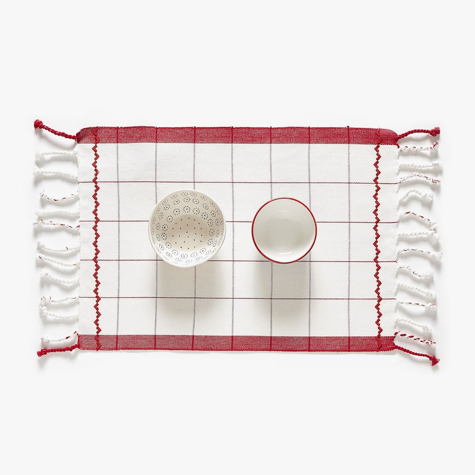 EMBROIDERED COTTON PLACEMAT WITH FRINGE (SET OF 2)