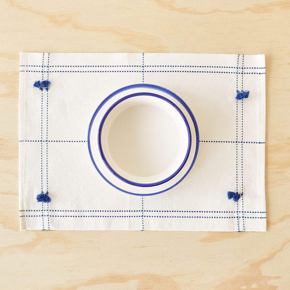 COTTON PLACEMAT WITH POMPOMS (SET OF 2)