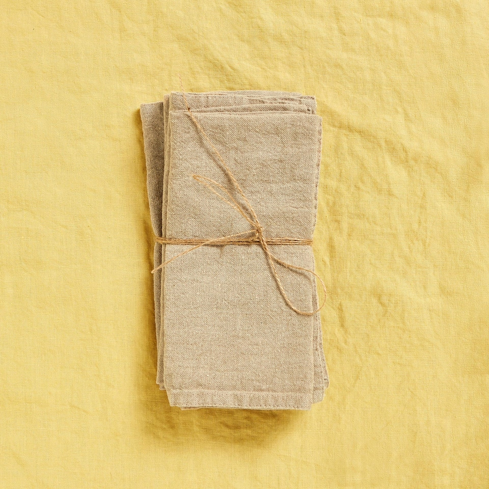 WASHED LINEN NAPKINS WITH DOUBLE STITCHING (SET OF 4)