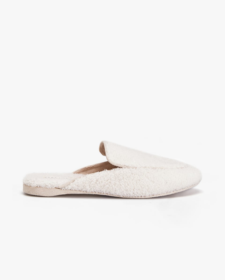 FAUX SHEARLING MOCCASIN SLIPPERS
