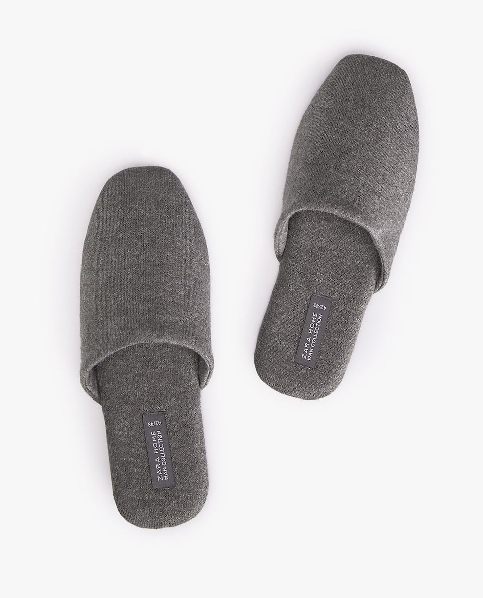 FABRIC SLIPPERS