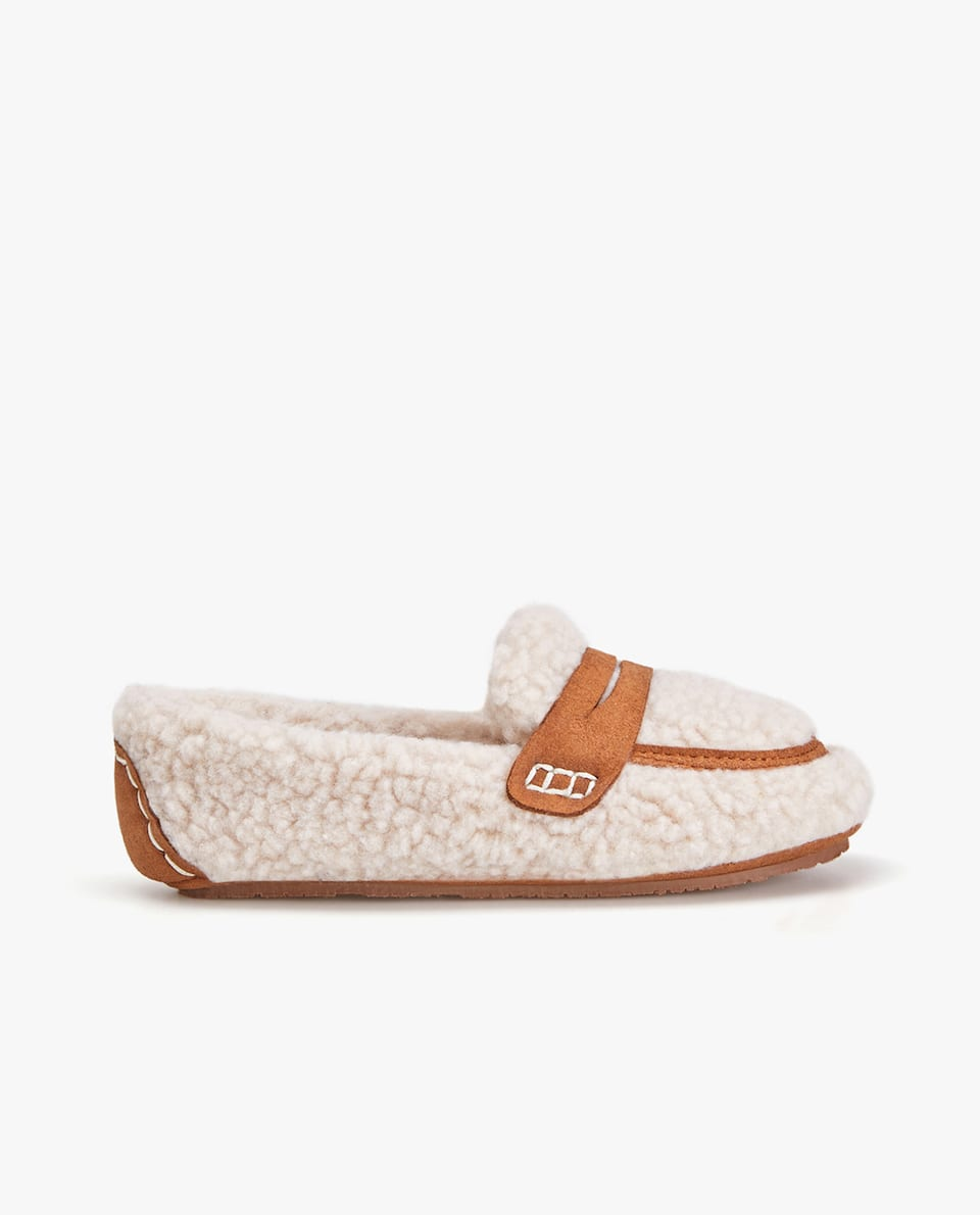 FAUX SHEARLING LOAFER SLIPPERS