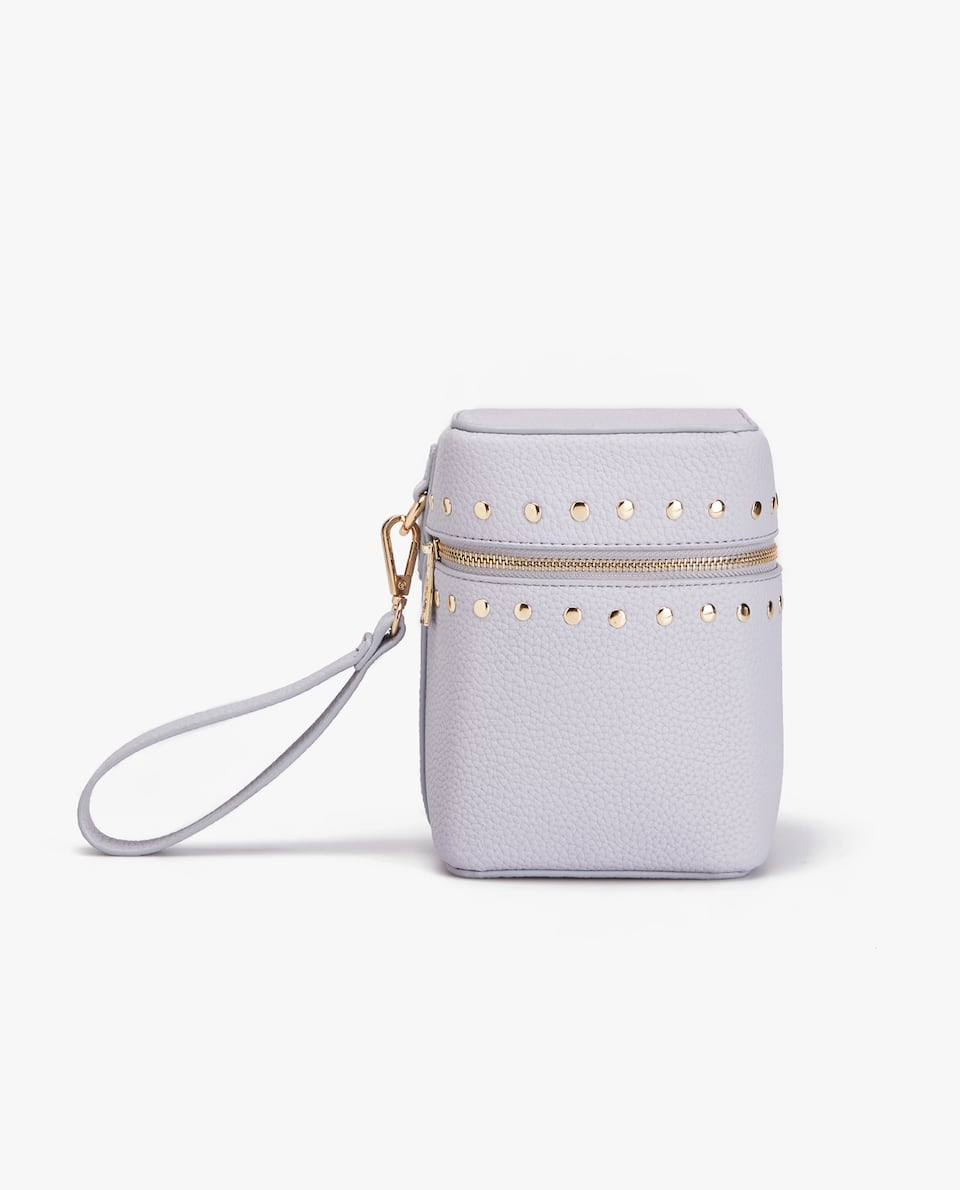 STUDDED SQUARE TOILETRY BAG