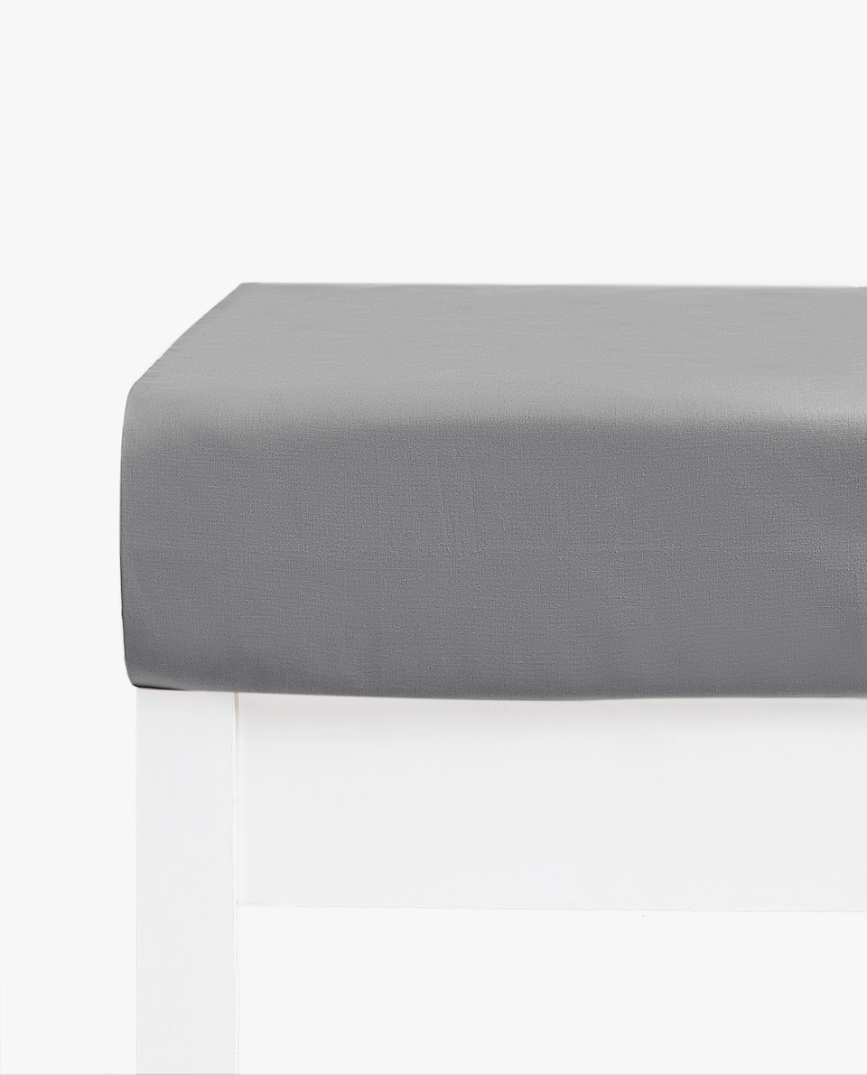 COTTON PERCALE FITTED SHEET (MATTRESSES OF UP TO 30 CM THICK)