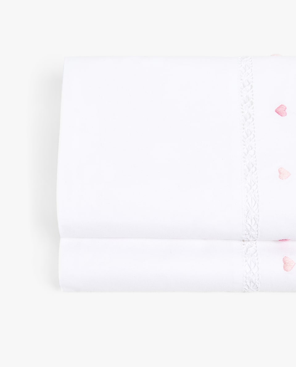 EMBROIDERED HEARTS FLAT SHEET