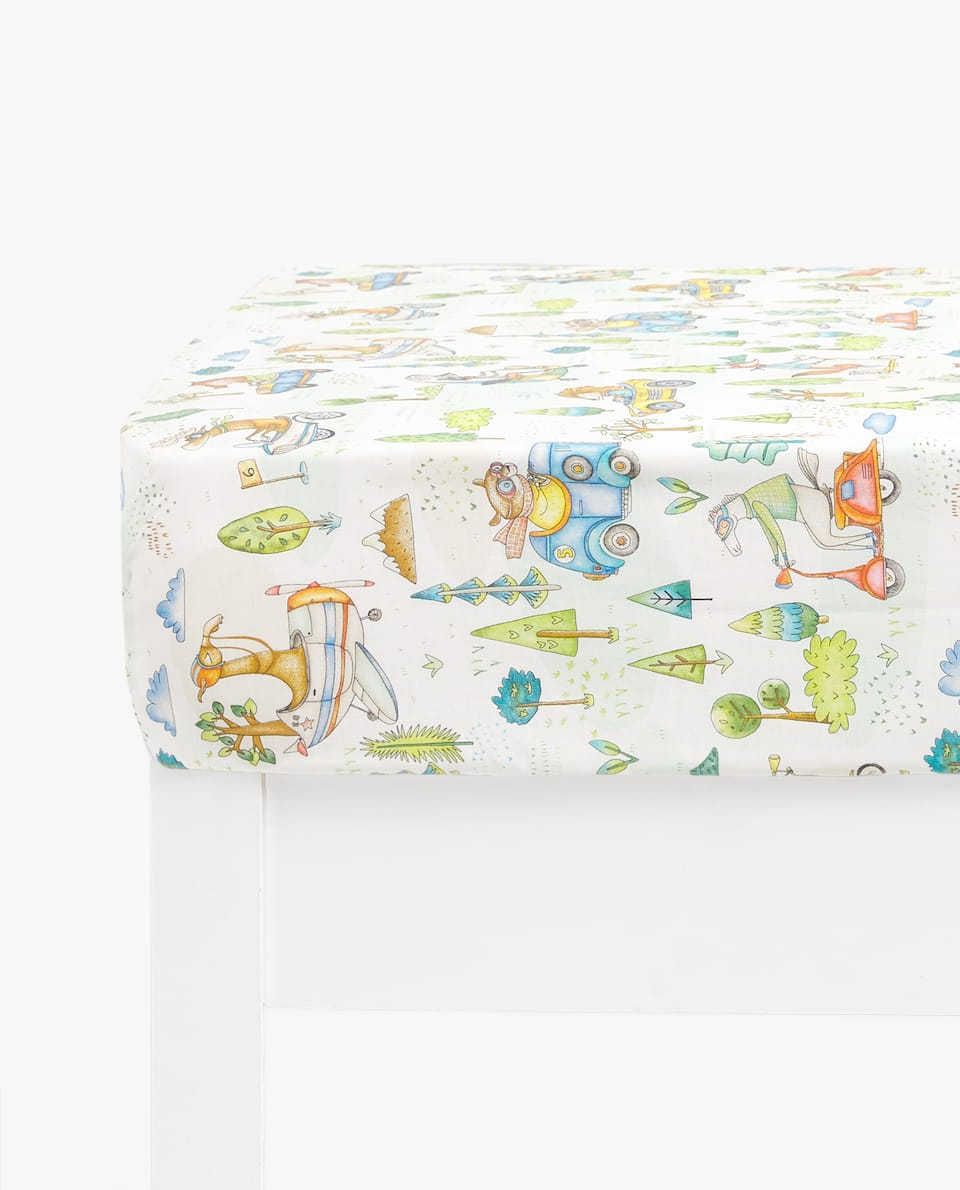 ANIMALS AND CARS PRINT FITTED SHEET
