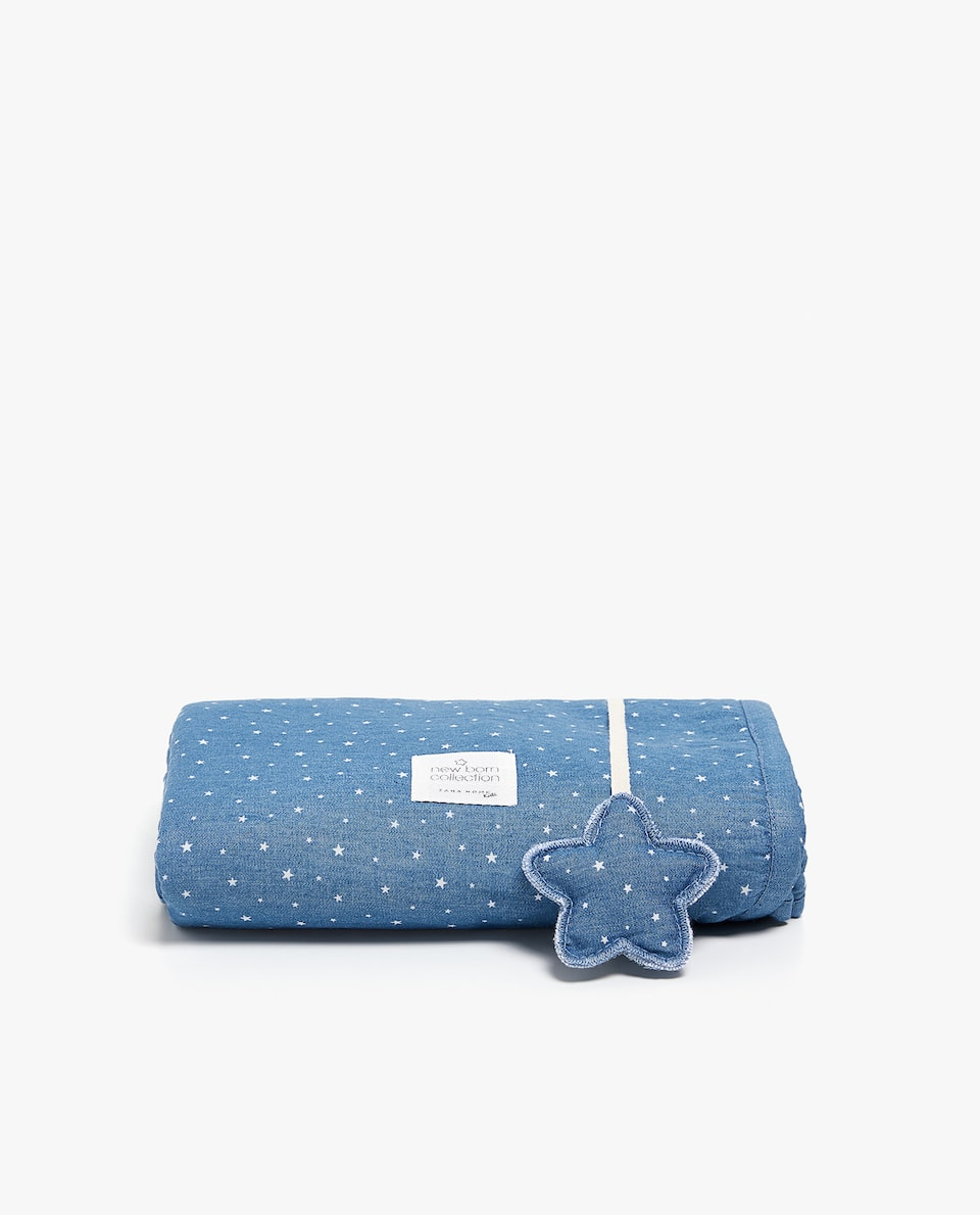 DENIM STAR PRINT SWADDLE BLANKET