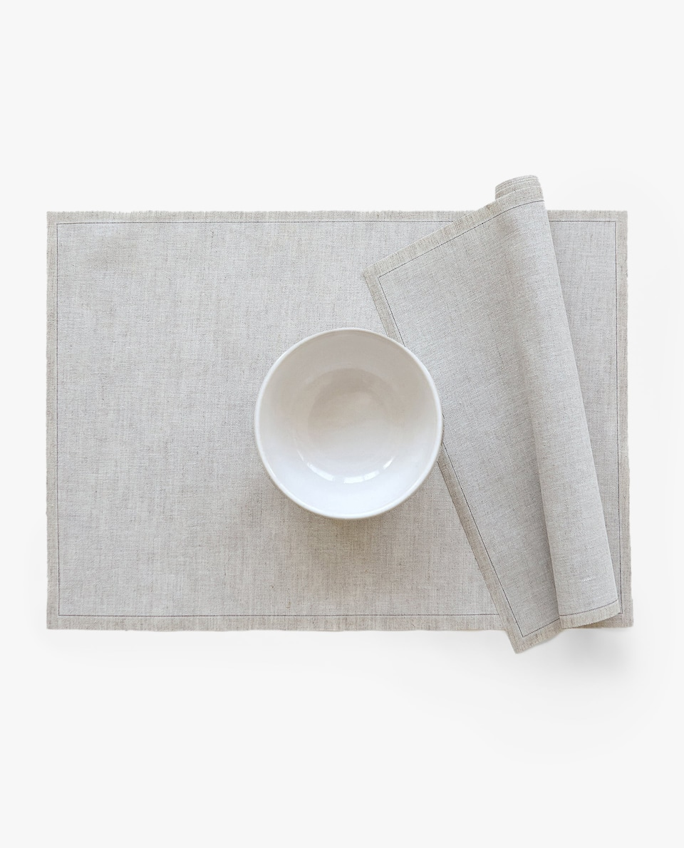 PRE-CUT PLACEMAT (ROLL OF 6)