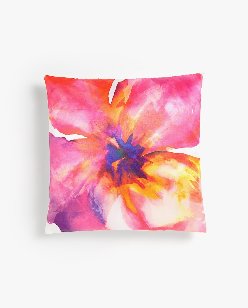 MULTICOLOURED MAXI FLOWER CUSHION COVER