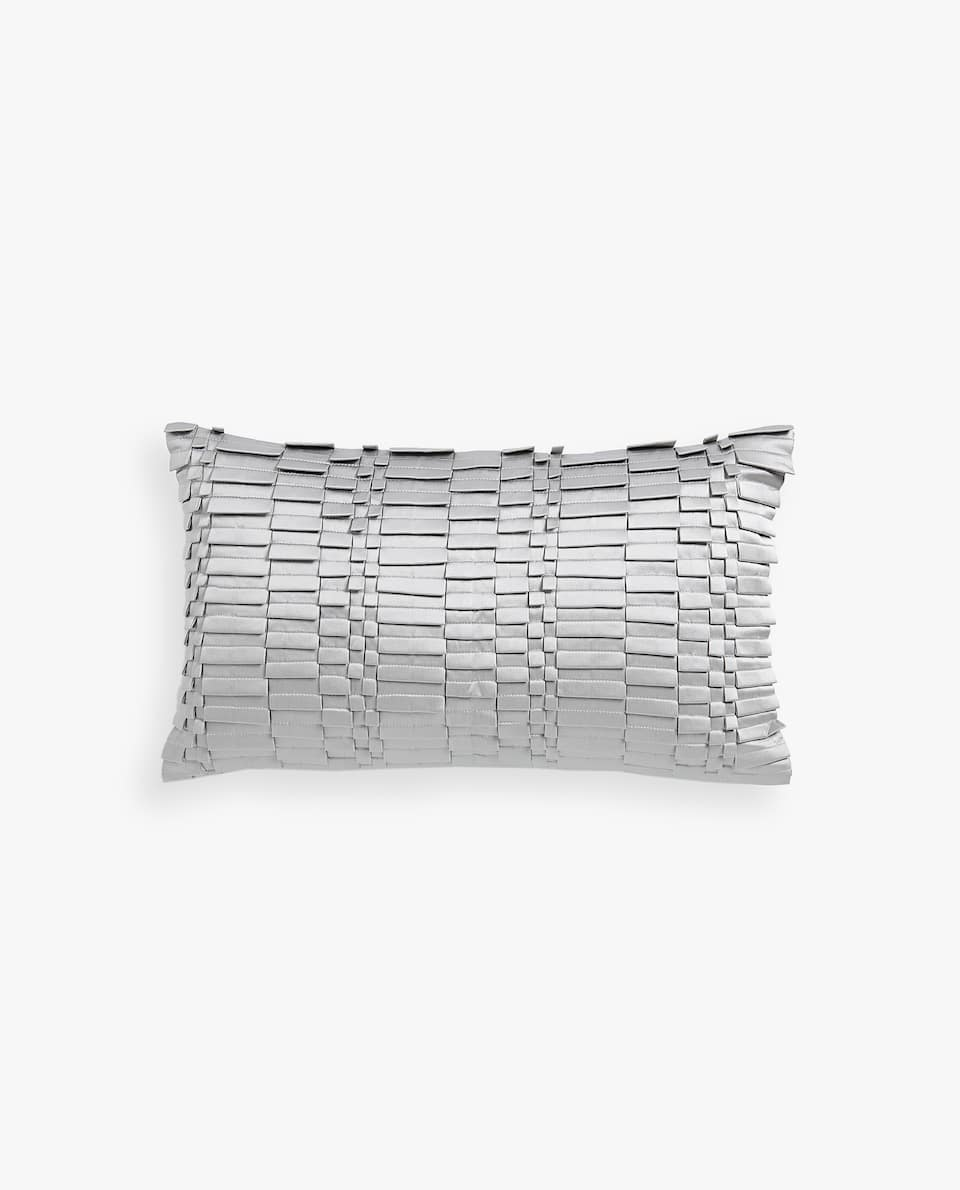 PLEATED TEXTURED WEAVE CUSHION COVER