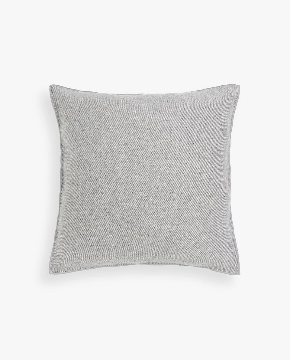 FLANNEL OVERLOCK CUSHION COVER
