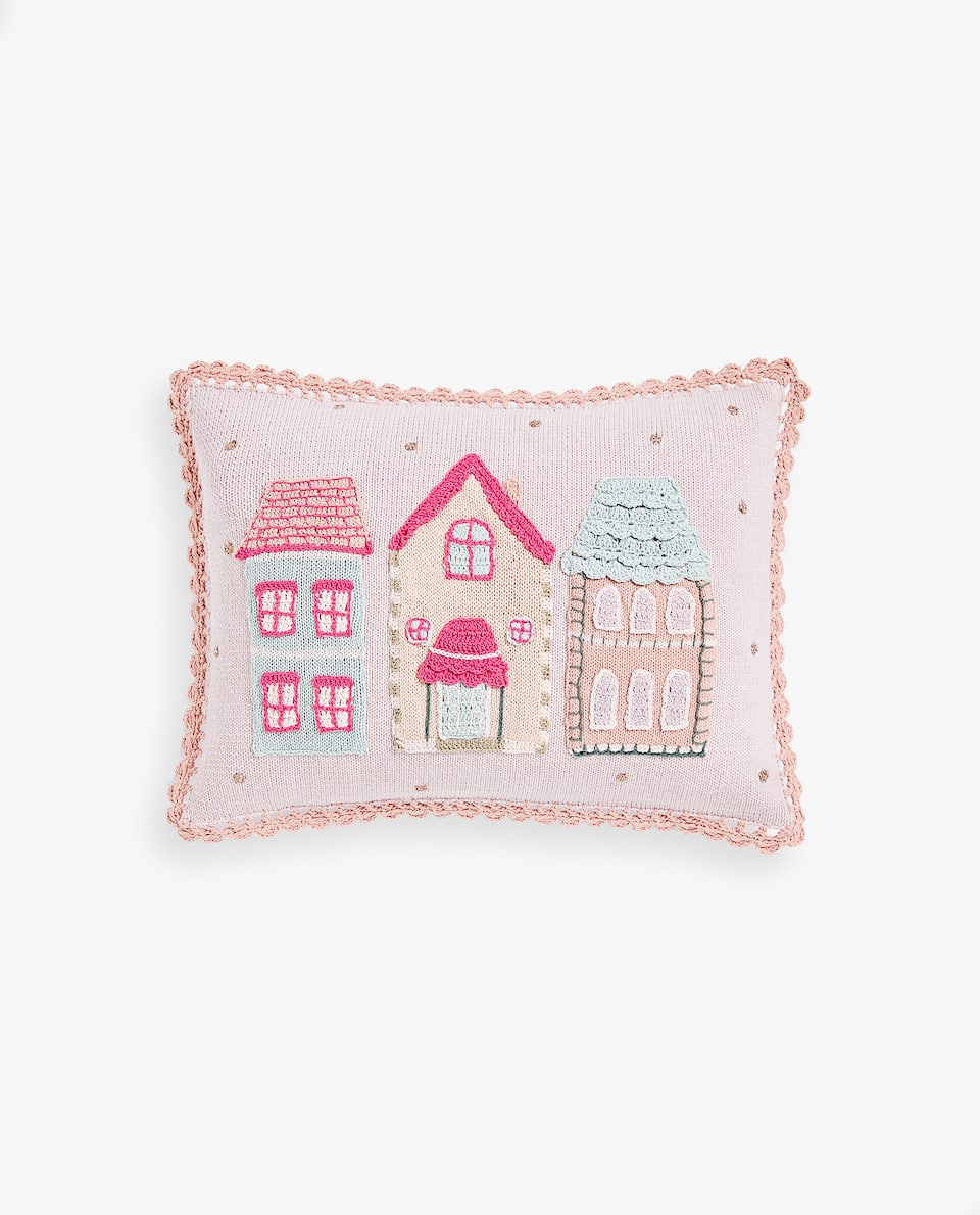 CROCHET CUSHION COVER WITH LITTLE HOUSES PRINT