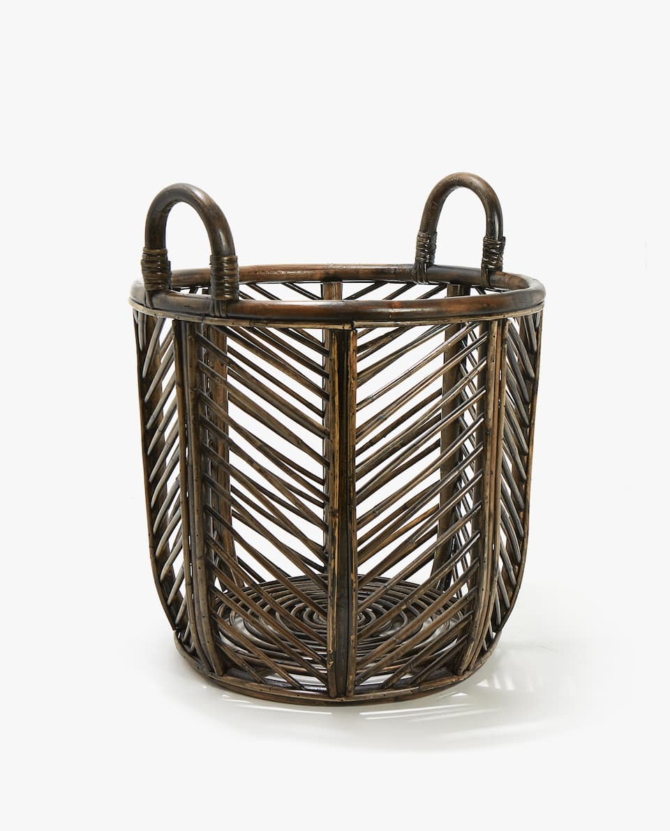 LARGE RATTAN BASKET