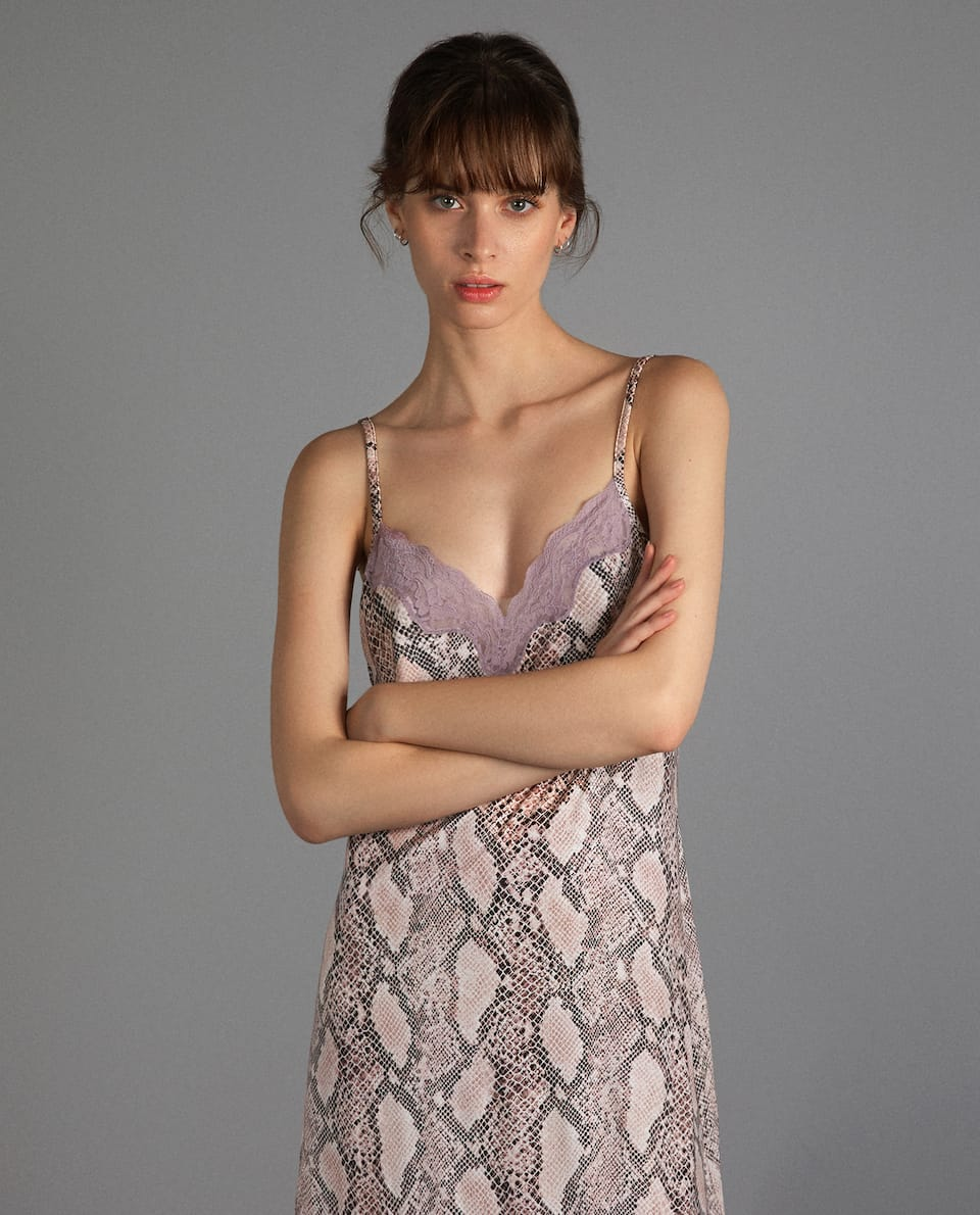 LACE-TRIMMED SNAKESKIN PRINT NIGHTDRESS