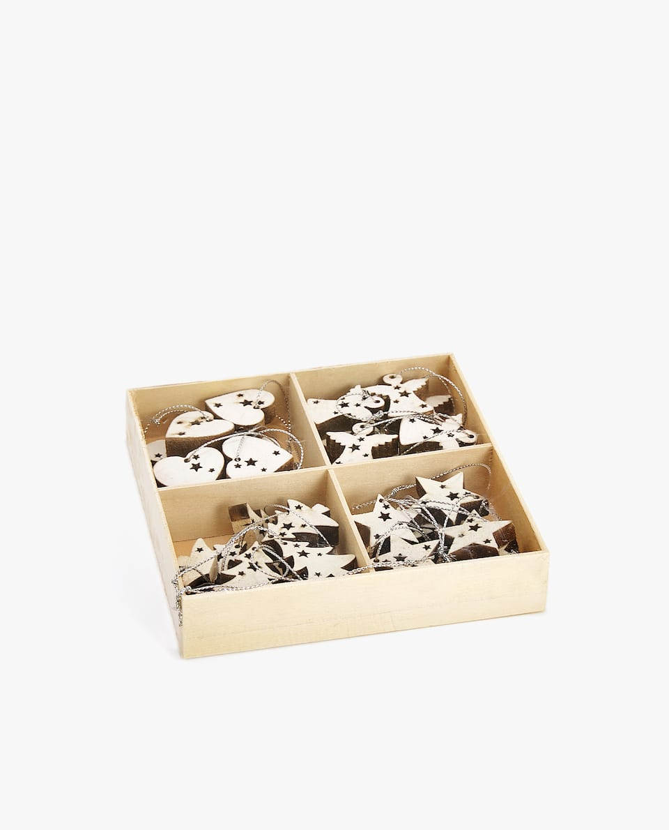 CHRISTMAS TREE DECORATION BOX