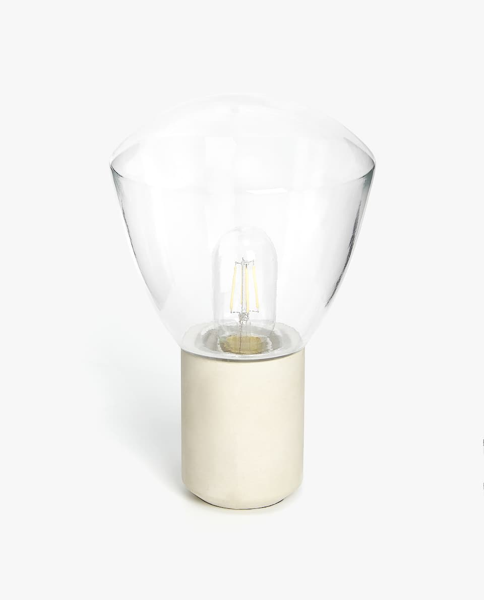 LAMP WITH LIGHT BULB