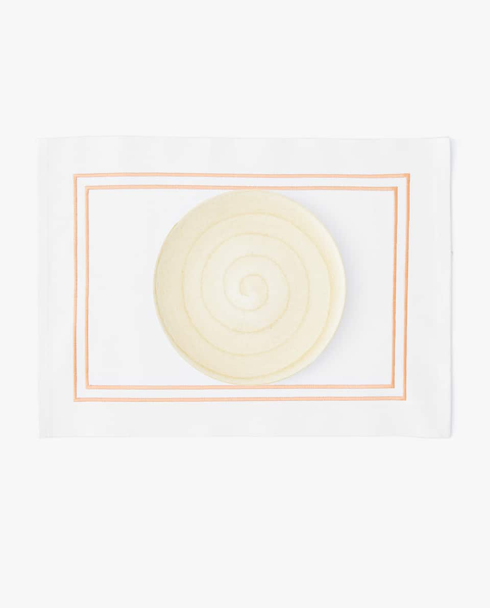 EMBROIDERED COTTON PLACEMAT (PACK OF 2)