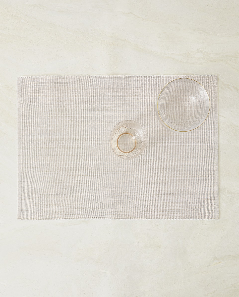 PLACEMAT WITH METALLIC THREAD (PACK OF 2)