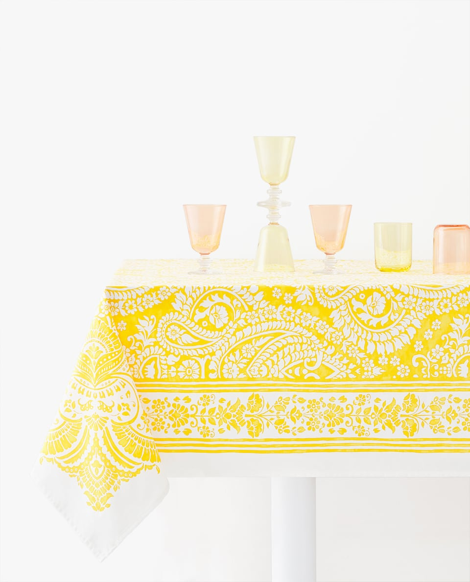 PAISLEY FLORAL TABLECLOTH