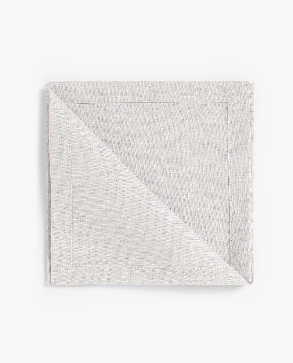 DOUBLE-LAYER NAPKIN (PACK OF 4)