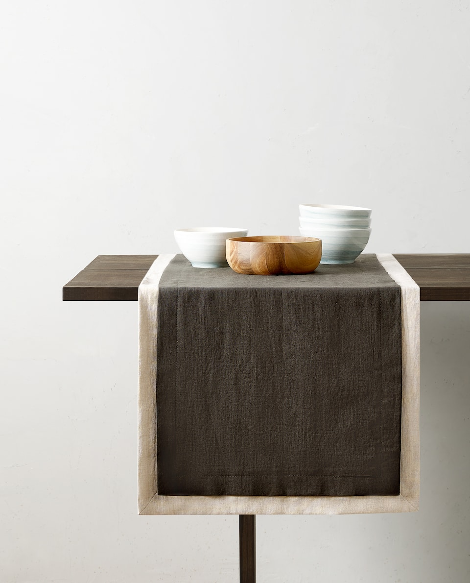 WASHED-EFFECT TABLE RUNNER