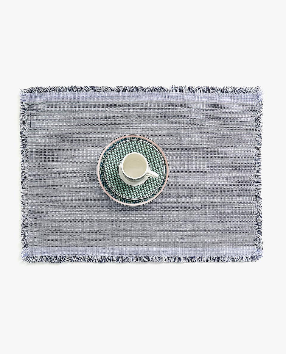 PLACEMAT WITH CONTRASTING EDGES (SET OF 2)