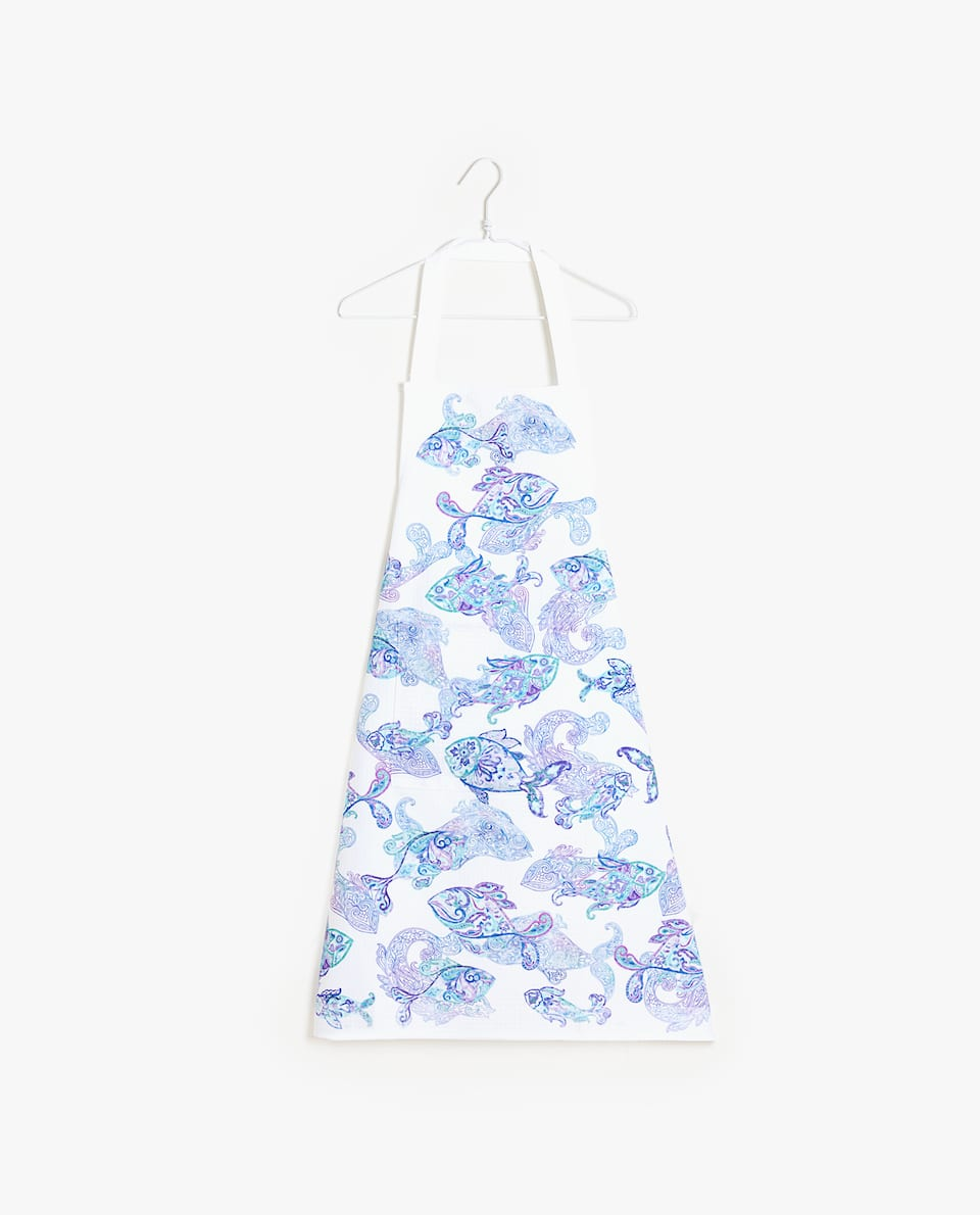 WAFFLE-KNIT APRON WITH FISH PRINT