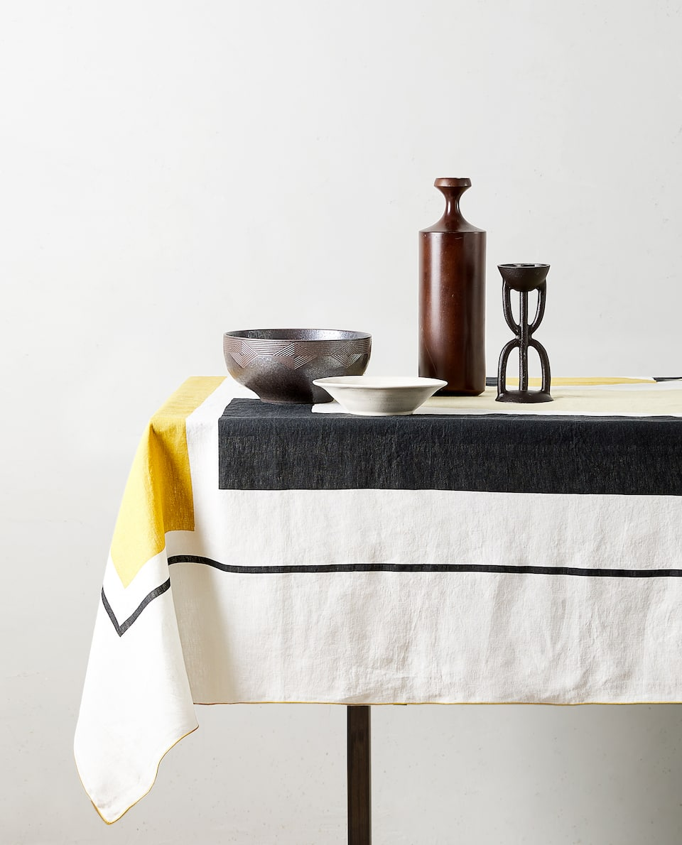 PRINTED LINEN TABLECLOTH
