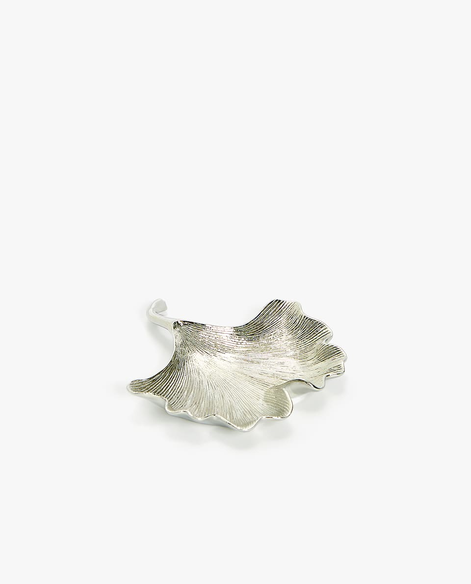 SILVER-TONED LEAF ASHTRAY