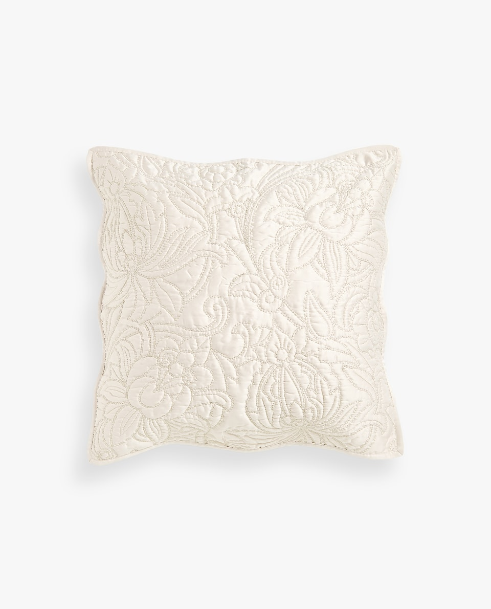 FLORAL DESIGN CUSHION COVER WITH METALLIC THREAD