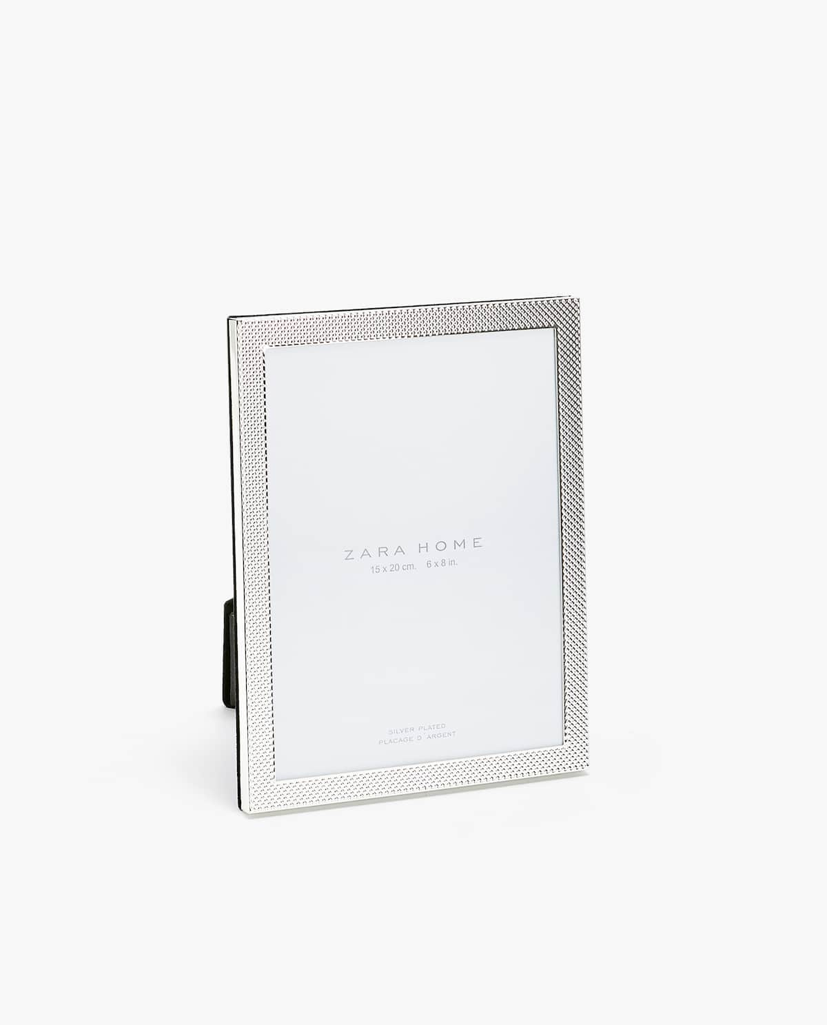 Dotted frame - VIEW ALL - PHOTO FRAMES - DECORATION | Zara Home ...