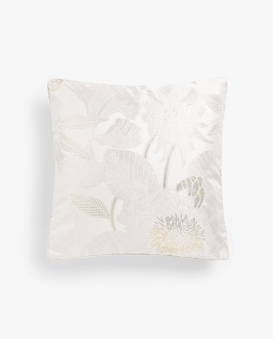 FLORAL JACQUARD CUSHION COVER WITH METALLIC THREAD