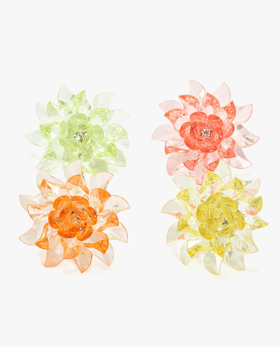 FLOWER SHAPED NAPKIN RING (PACK OF 4)