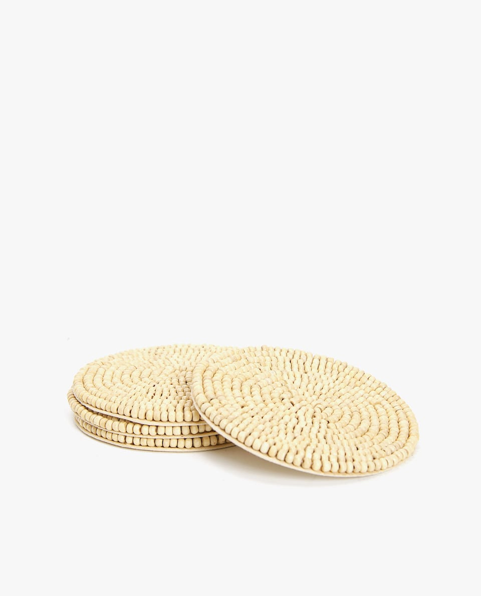 WOODEN BEADS COASTER (PACK OF 4)
