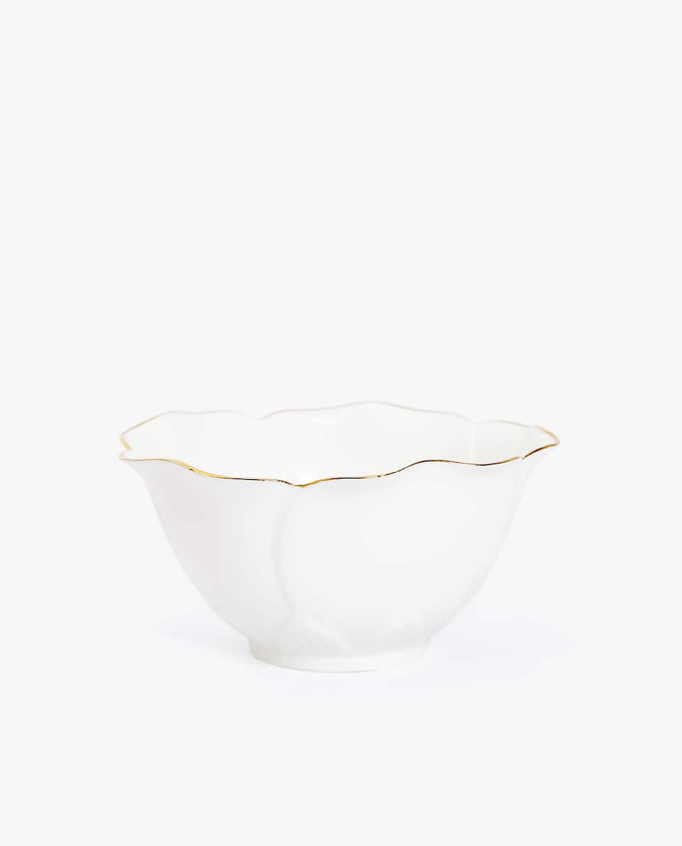 FLOWER-SHAPED GOLD-RIMMED PORCELAIN BOWL
